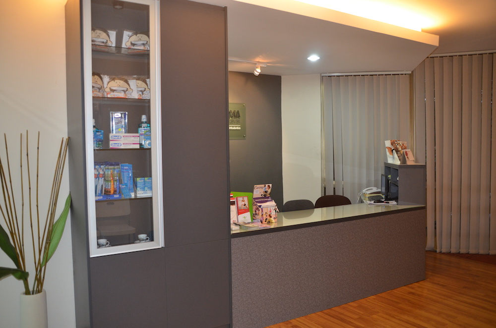 Bangsar-Utama-dental-specialist-center-dentistsnearby-Reception