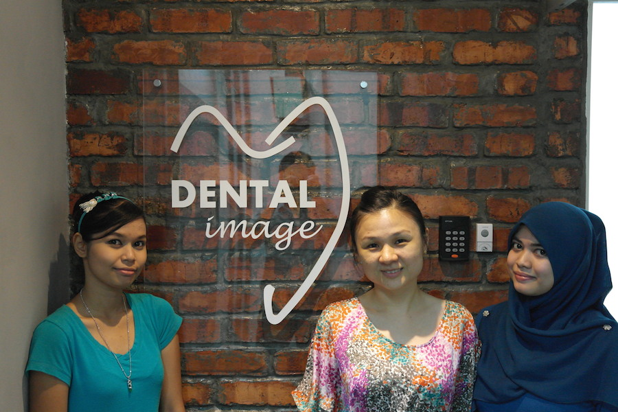 Dental-Image-TTDI-Taman-Tun-Dentistsnearby-outdoor