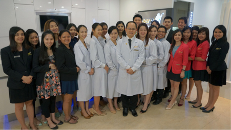 The-team-IDSC-dentistsnearby