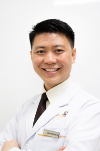 dr-raymond-su-wei-siong-dentistsnearby