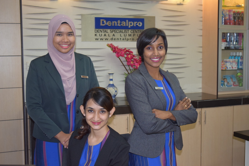 Dentalpro-dental-team-picture-2